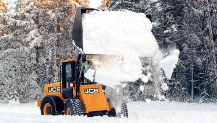 JCB 411 & 417 Loading Shovels available for winter hire
